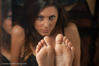 Glamour Foot Fetish